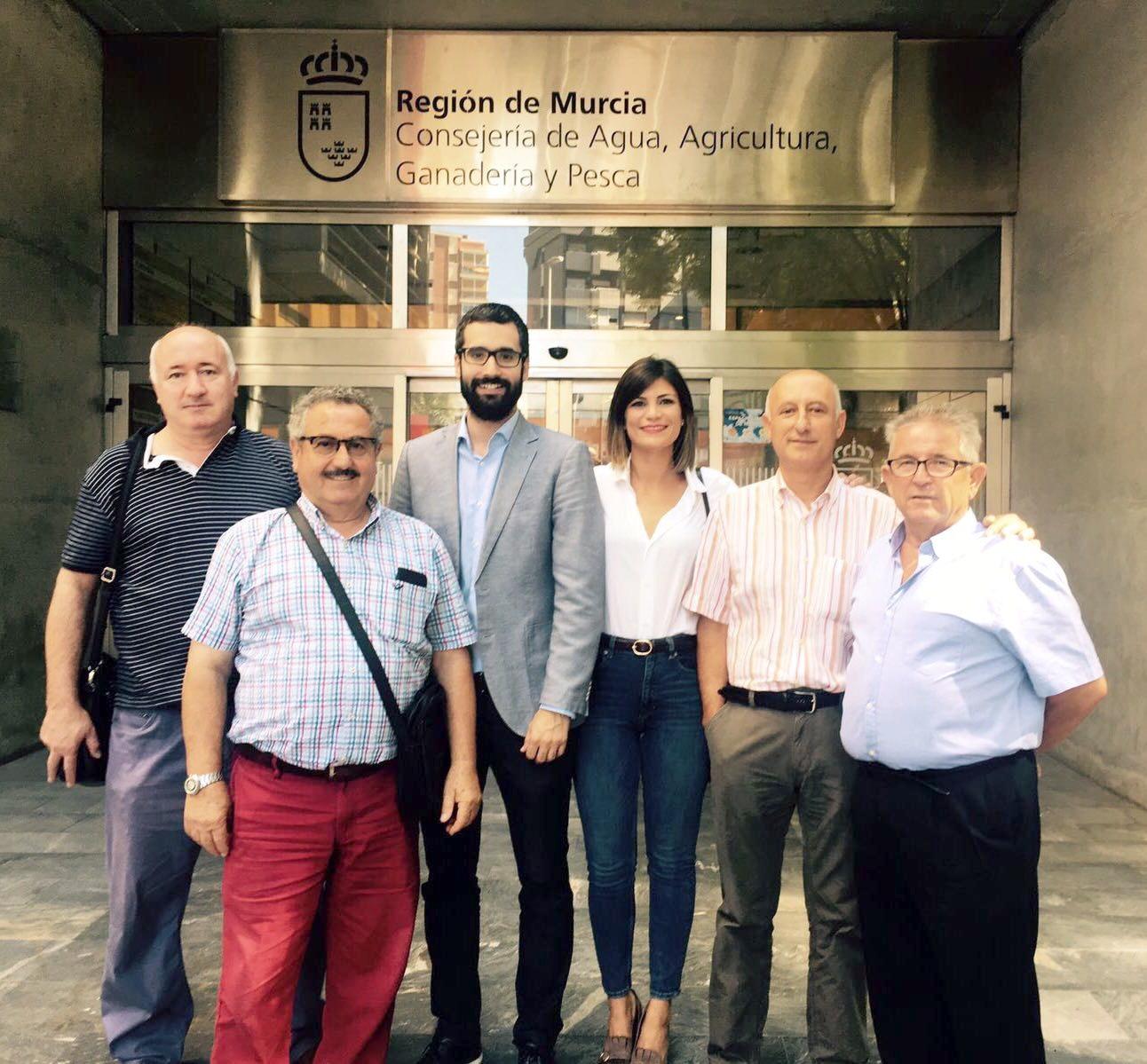 Reunion arreglo carretera Orilla Azarbe