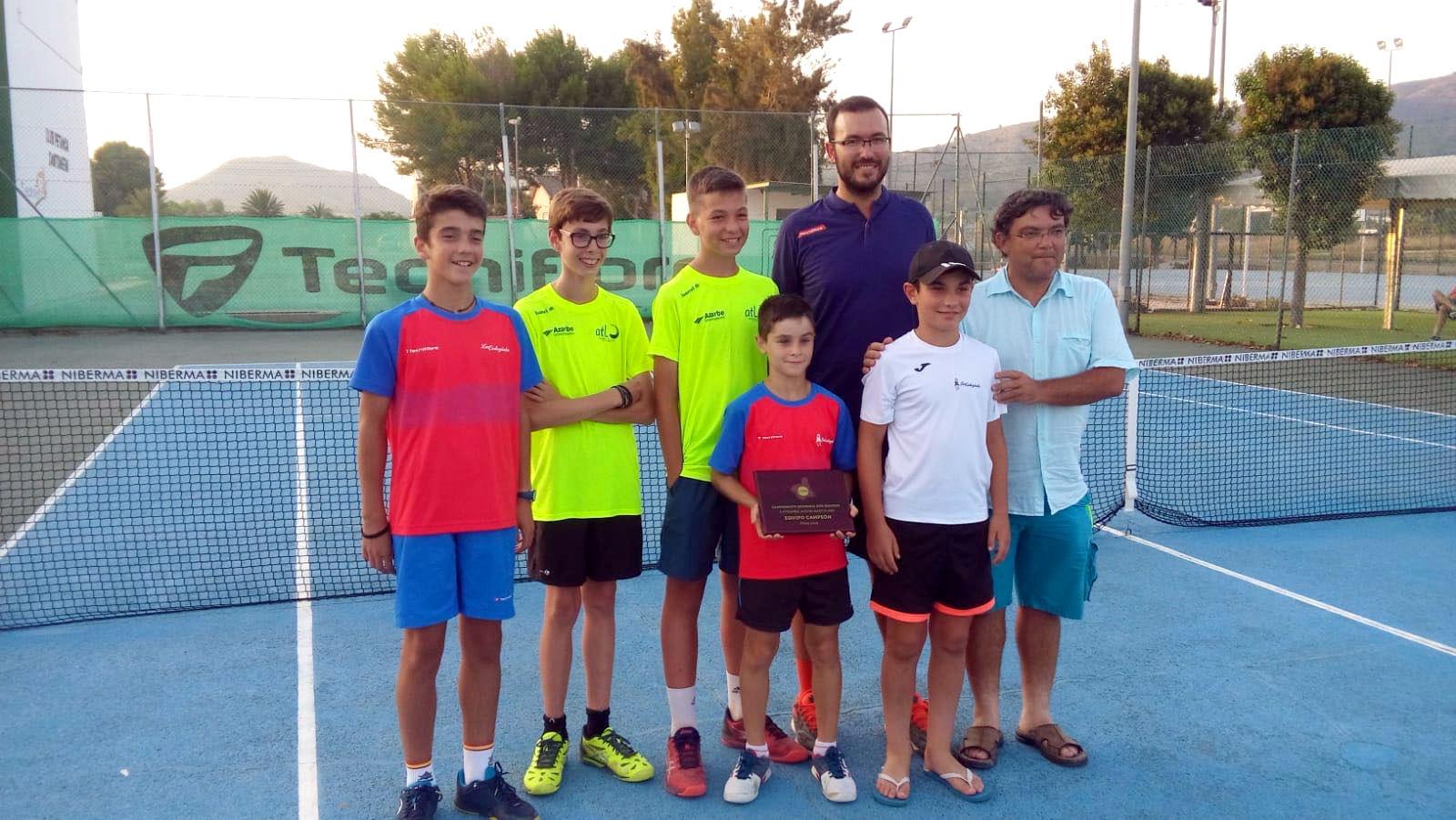 Equipo alevin masculino tenis, campeon regional