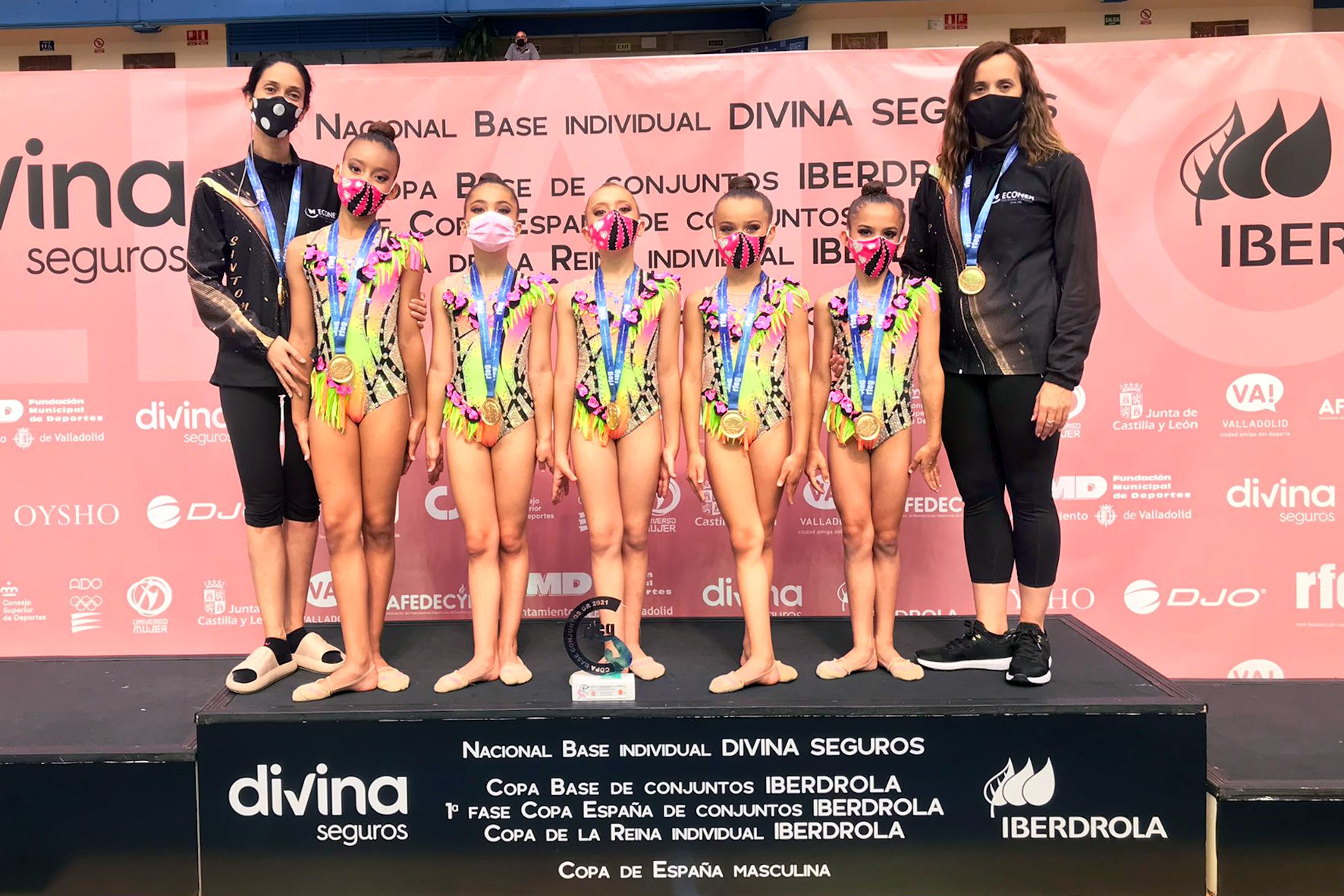 gimnastas oro